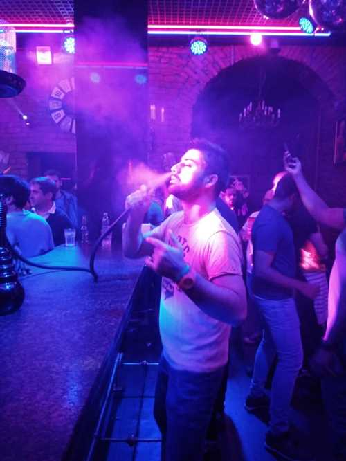Shisha in one of the nightclubs of St Petersburg.jpeg